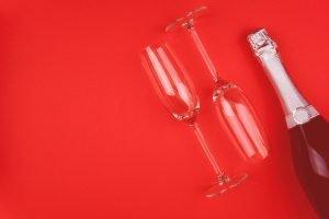 36 questions date night - bottle of wine